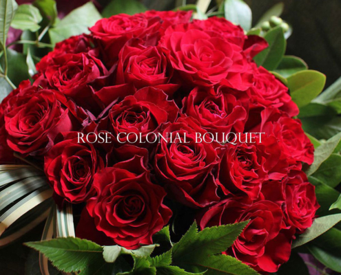 ROSE COLONIAL BOUQUET